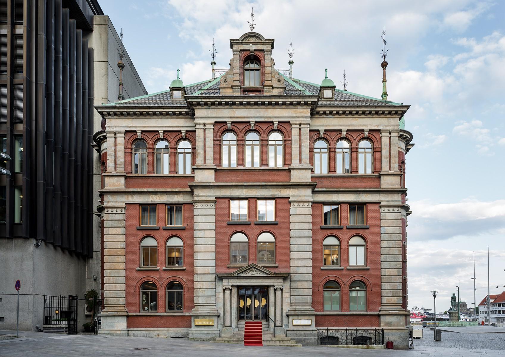Henrik nygren design hotel bergen b rs identitet for Design hotel berge